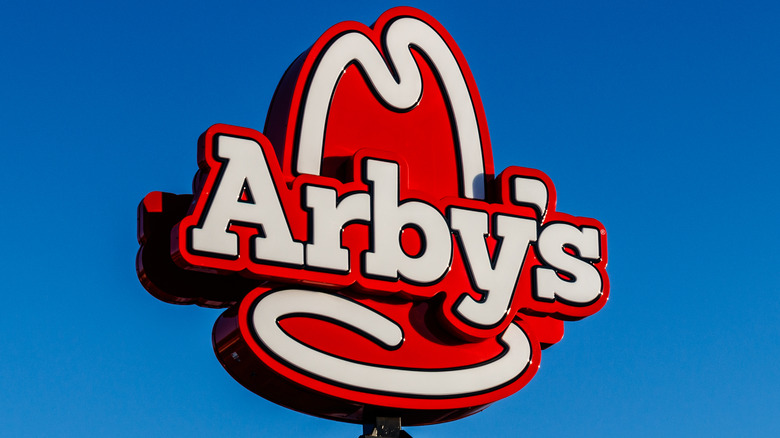 An Arby's store sign in the wild