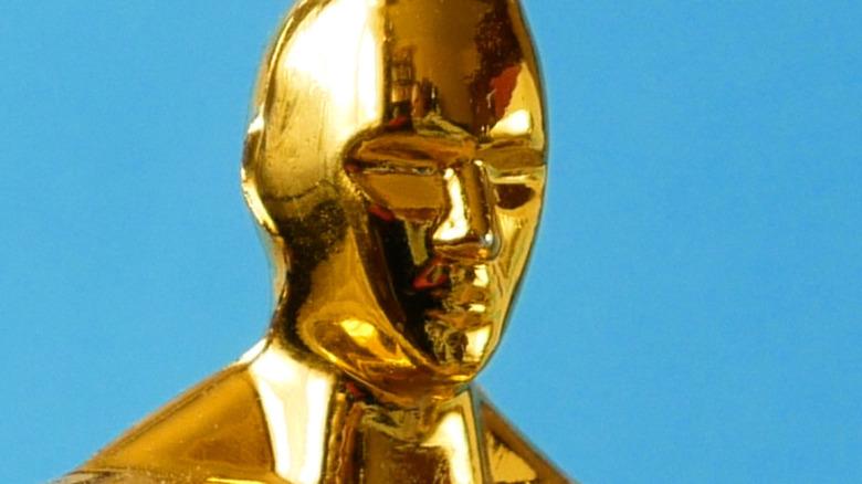 Oscar statue close-up