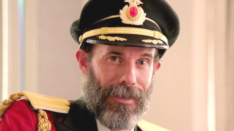 Brandon Moynihan as Captain Obvious