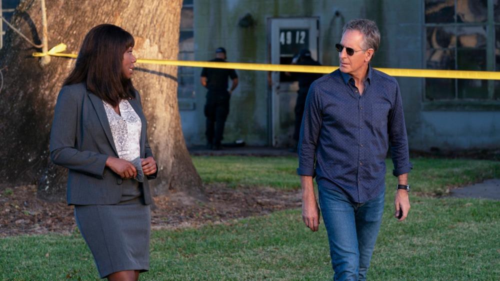 Amanda Warren as Mayor Zahra Taylor and Scott Bakula as Special Agent Dwayne Pride on NCIS: New Orleans