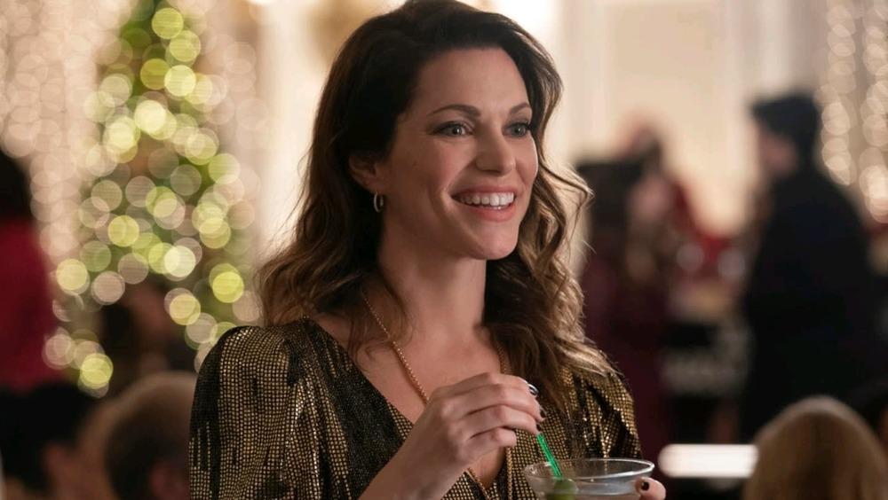 Amanda LaRusso drinking martini