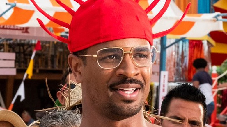 Damon Wayans Jr. Darlie Bunkle red hat