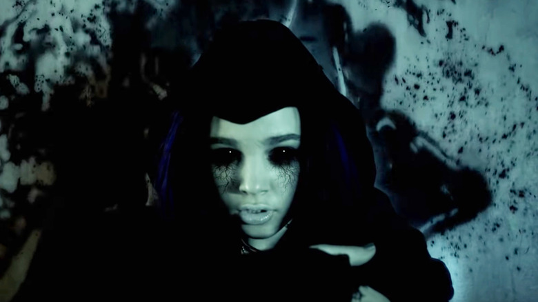 Raven from the Titans trailer