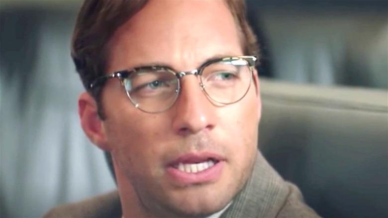 Ryan Hansen as Dennis in Good on Paper