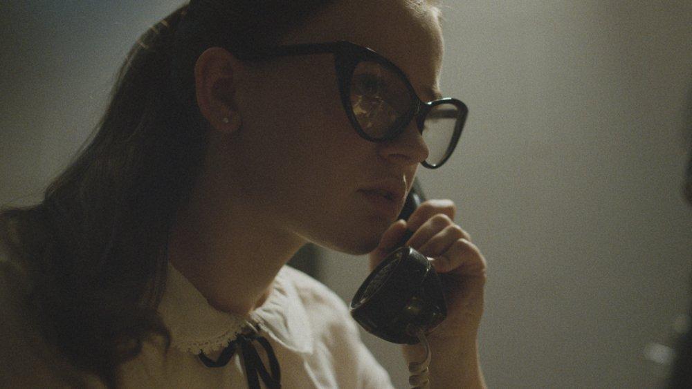 Sierra McCormick in The Vast of Night