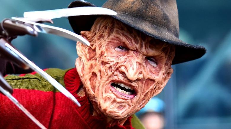 Freddy Krueger cosplayer