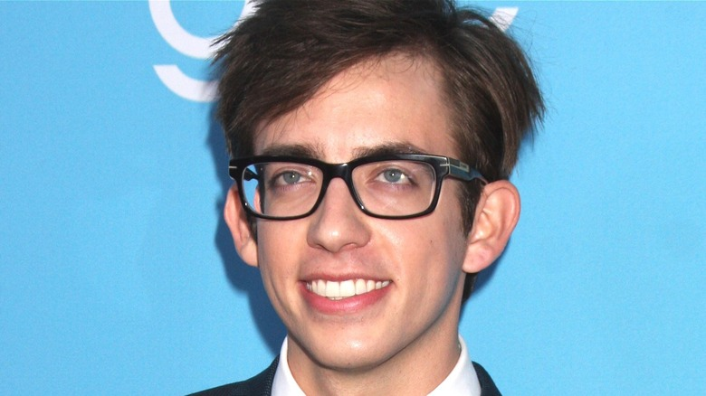 Kevin McHale posing