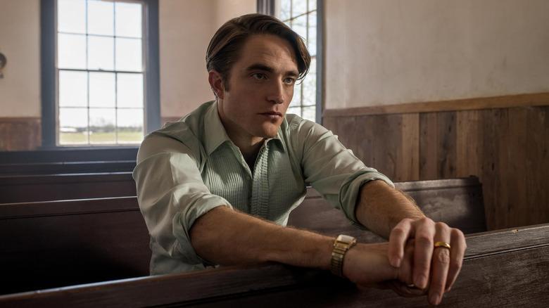 Robert Pattinson as Preston in The Devil All the Time