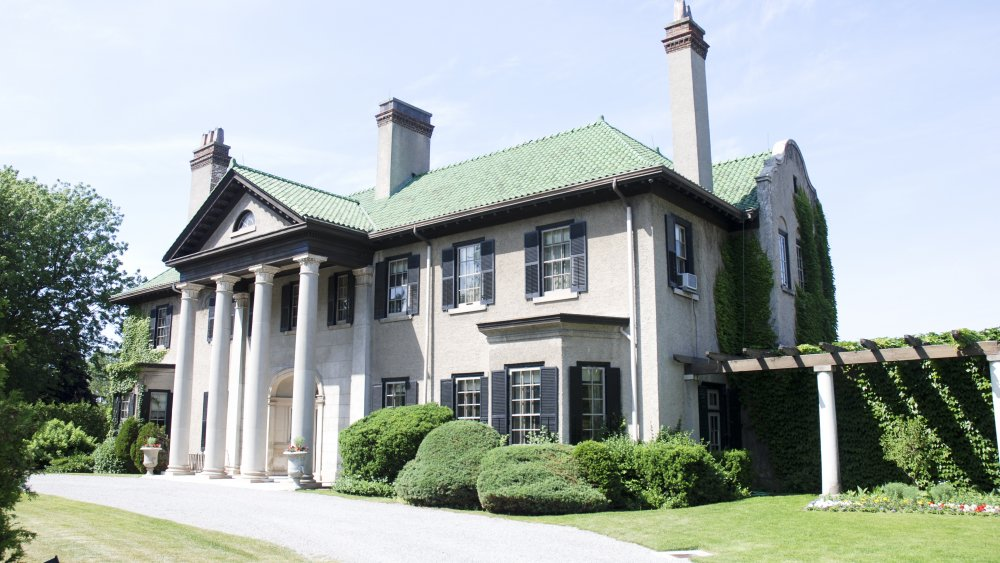 The Parkwood Estate's front exterior