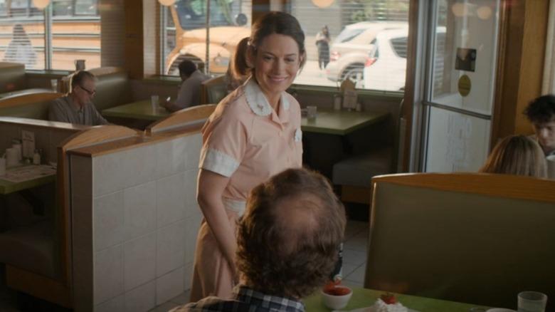 Gillian Flynn as a waitress on Amazon Prime's Utopia