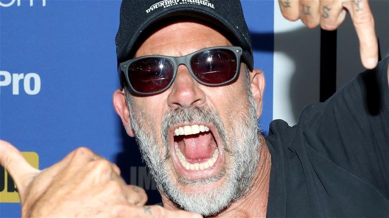 Jeffrey Dean Morgan sunglasses yell