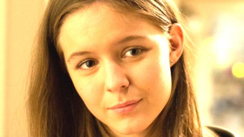 Izabela Vidovic as Via in Wonder