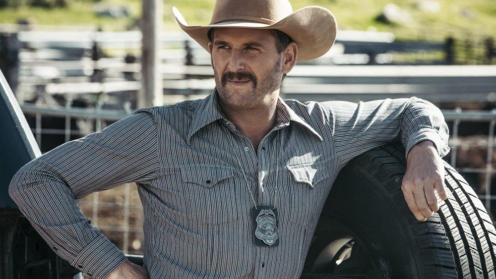 Josh Lucas as young John Dutton on Yellowstone
