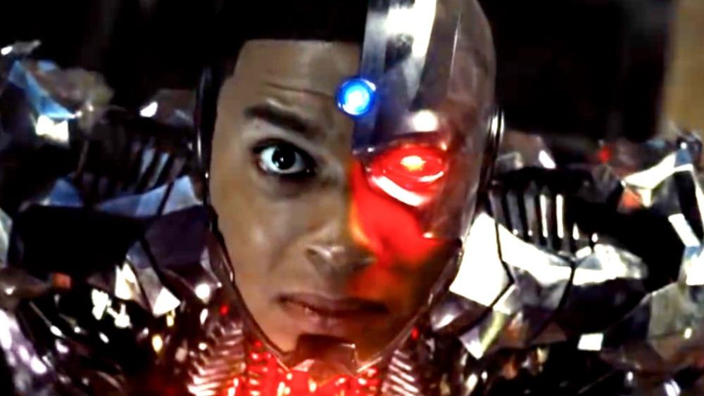 Cyborg Locks On