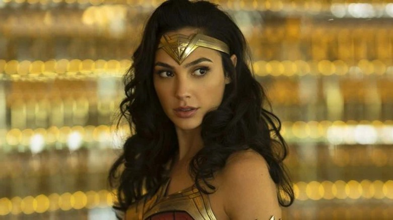 Wonder Woman (Gal Gadot) wears her headband in Wonder Woman 1984